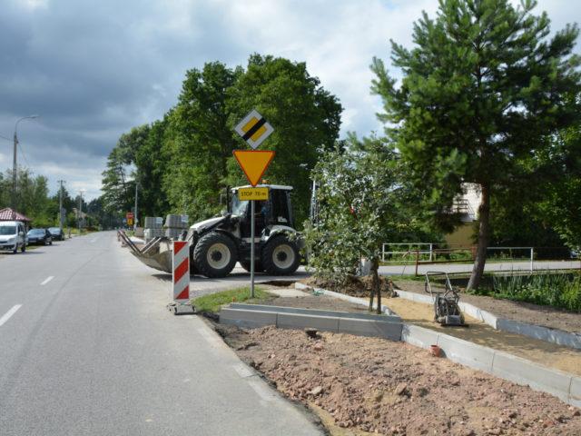 Budowa chodnika w Wiązownie