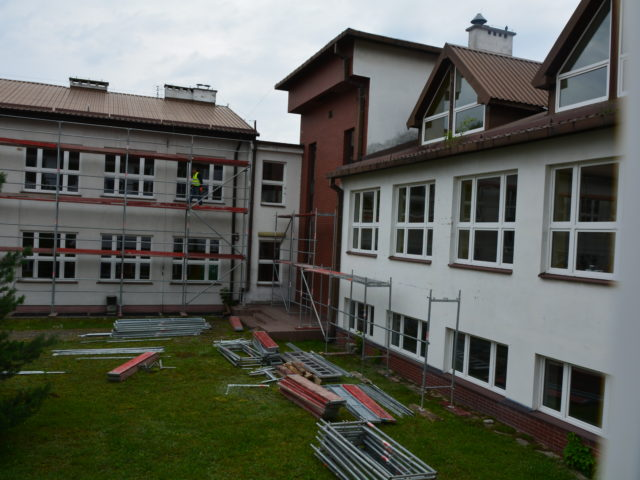 Szkoła w Wiązownie