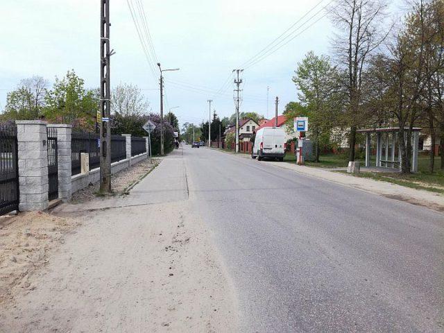 Chodnik na ulicy Kościelnej