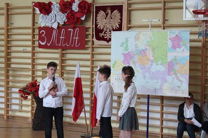 Święto Konstytucji 3 Maja w Zakręcie