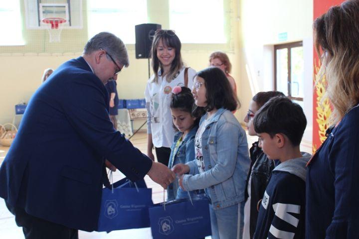 Erasmus + : Zagraniczni goście w Szkole w Zakręcie!
