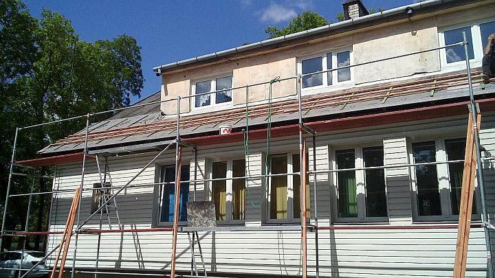 Remont dachu w ośrodku zdrowia w Gliniance