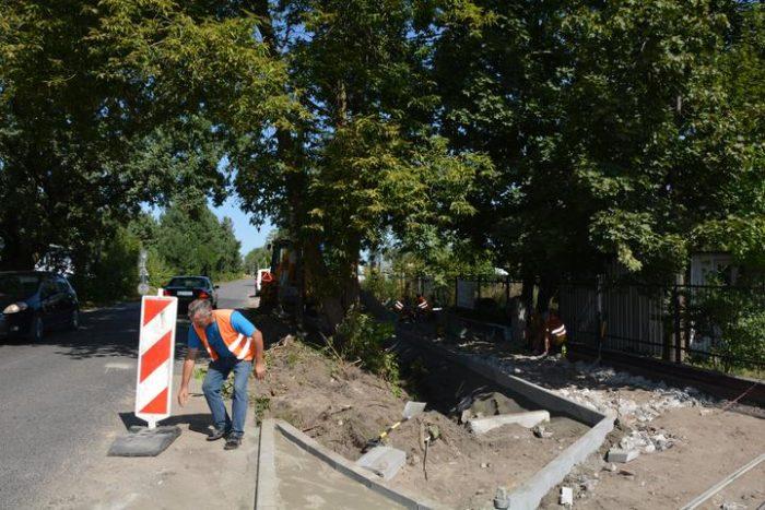 Budowa chodnika na ul. Asfaltowej w Zakręcie