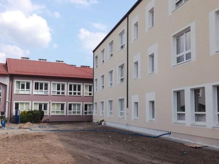 Szkoła w Zakręcie