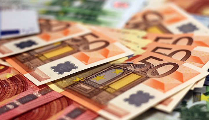 Dużo banknotów o nominale 50 euro