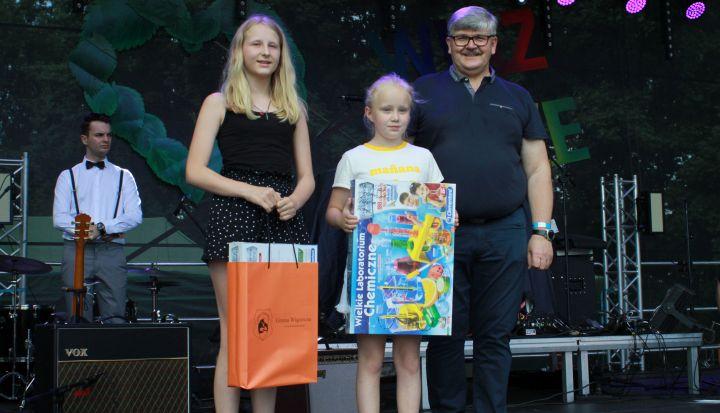 zdjecie laureaci konkursu dla dzieci