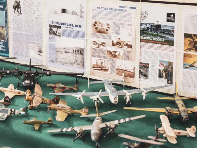 60-lecie Szkoły Podstawowej w Wiązownie. Modelarskie prace uczniów
