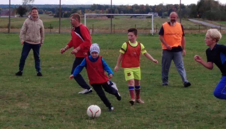 Miniturniej piłkarski w Rzakcie