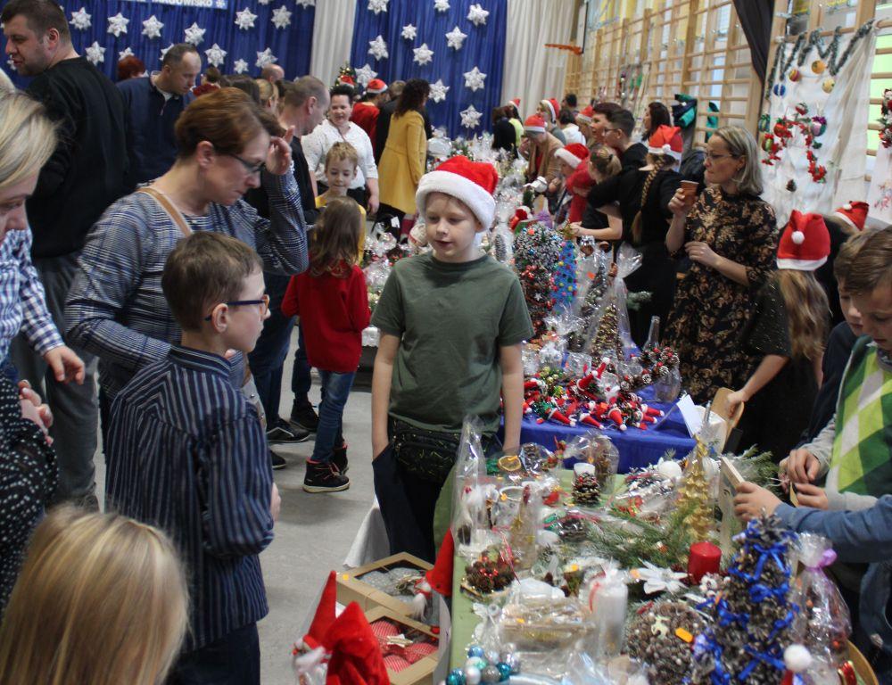 Szkoła w Gliniance. V Świąteczne Targowisko