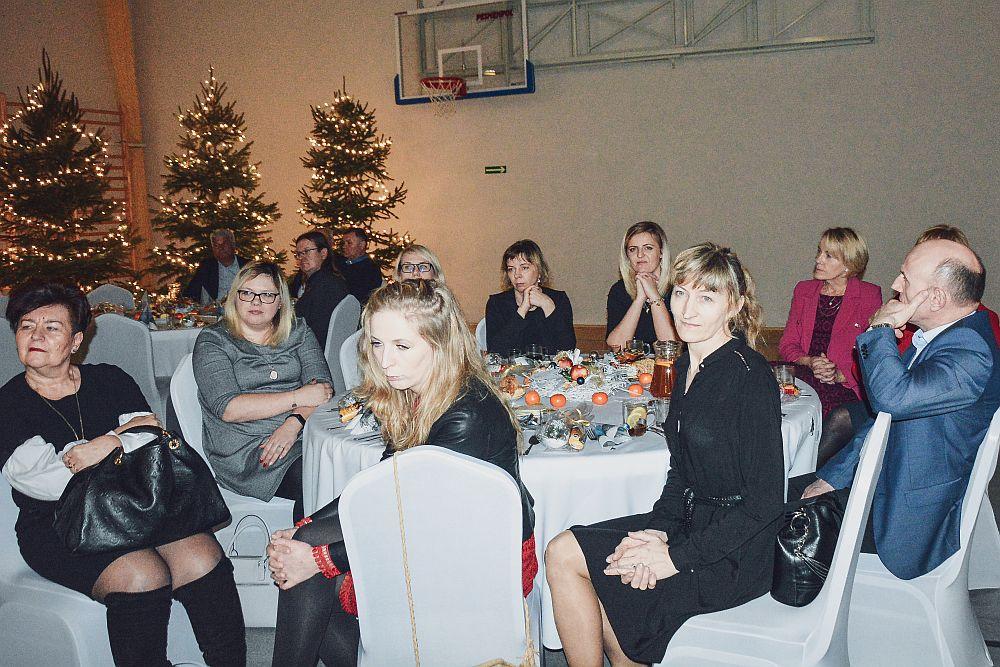 Wigilia samorządowa w szkole w Gliniance