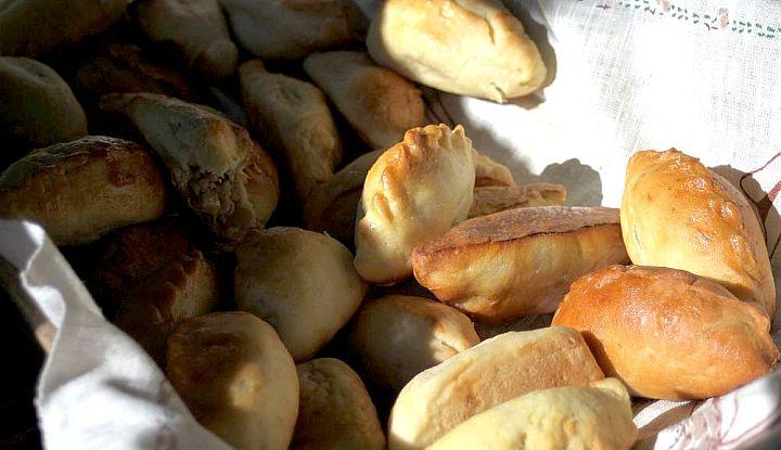 Sójka gliniecka - potrawa regionalna z Glinianki. Pierogi z nadzieniem