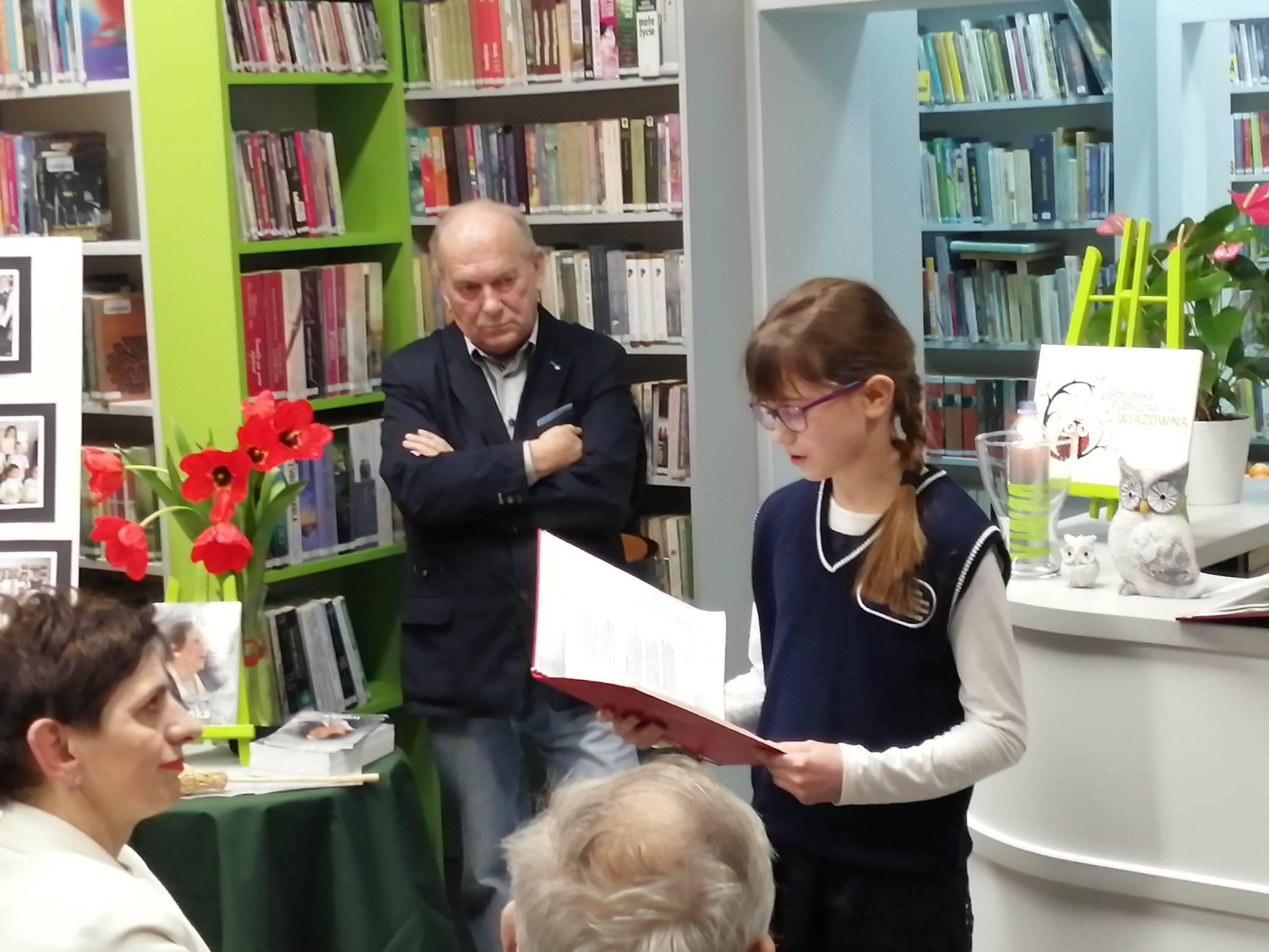 Wieczór Wspomnień o Irenie Sarneckiej-Derkacz w filii biblioteki w Gliniance