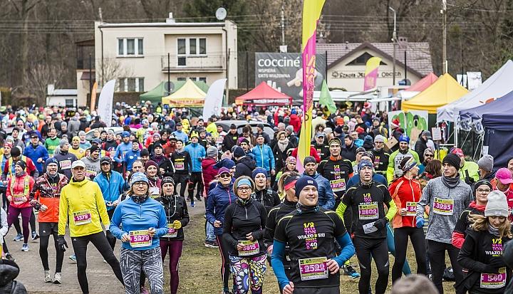 Rozgrzewka podczas 40. Półmaratonu Wiązowskiego