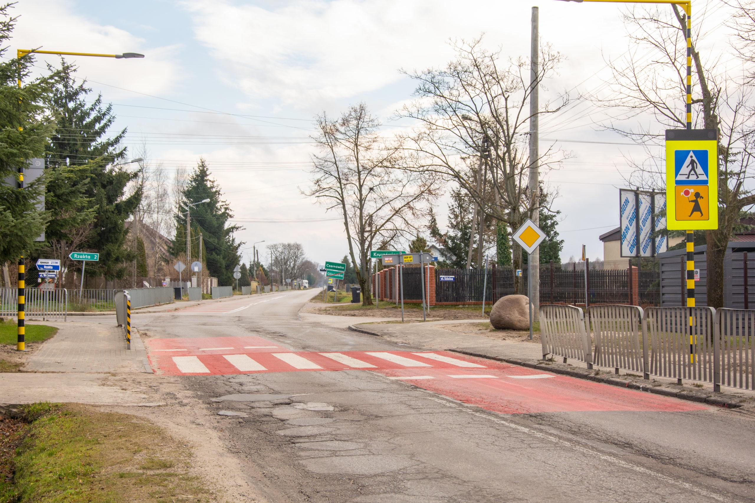 Skrzyżowanie po modernizacji niedaleko Szkoły Podstawowej w Gliniance