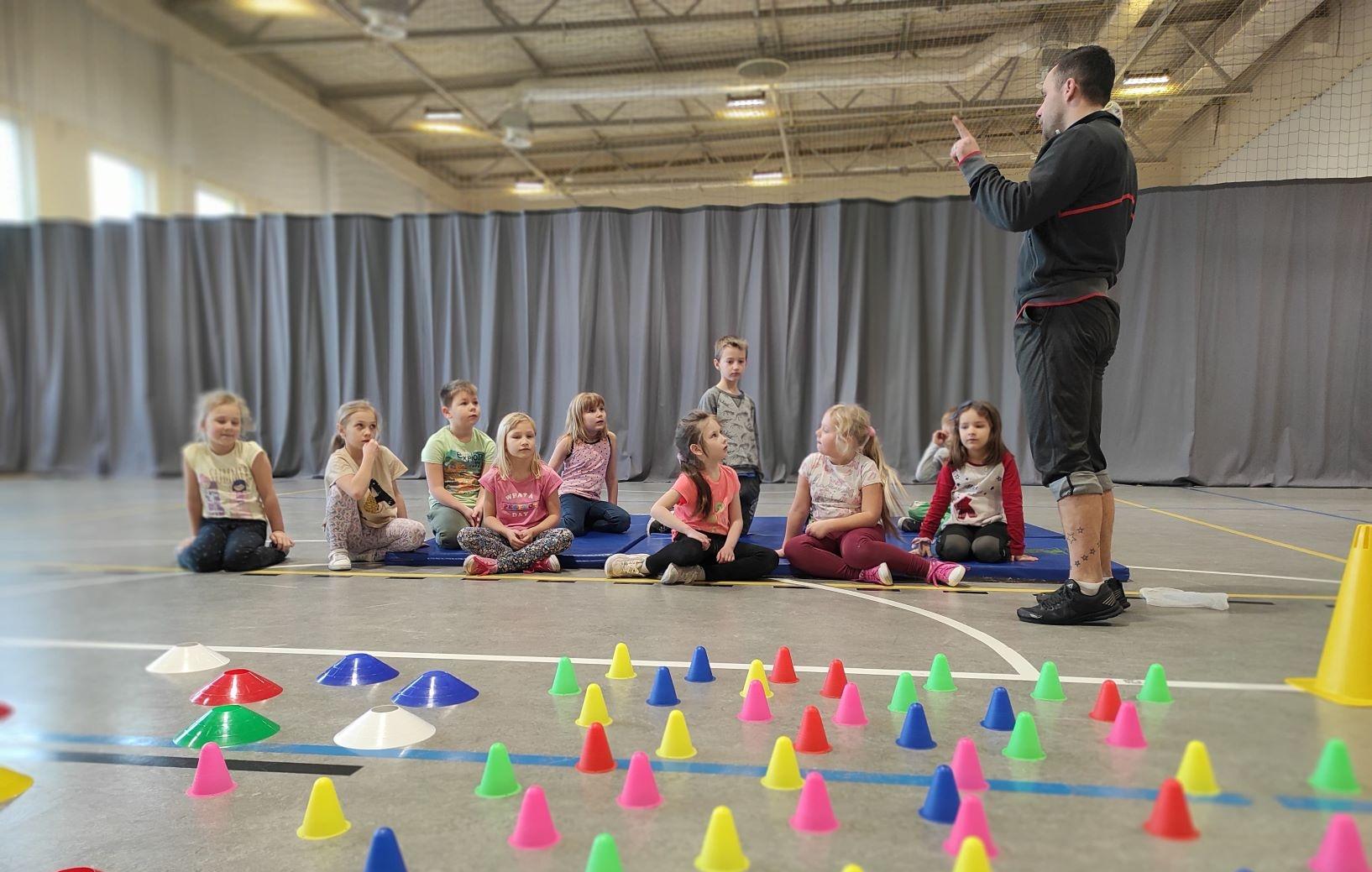 Zajecia sportowe dla dzieci