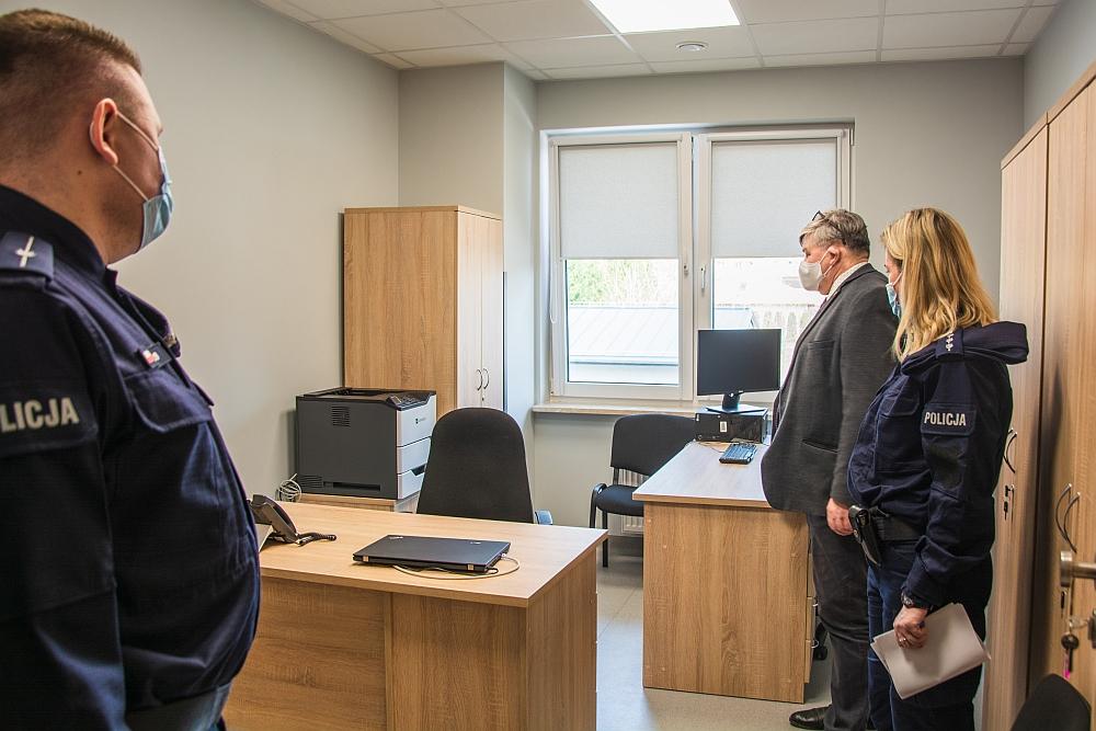 Jeden z pokoi w nowym Posterunku Policji w Wiązownie