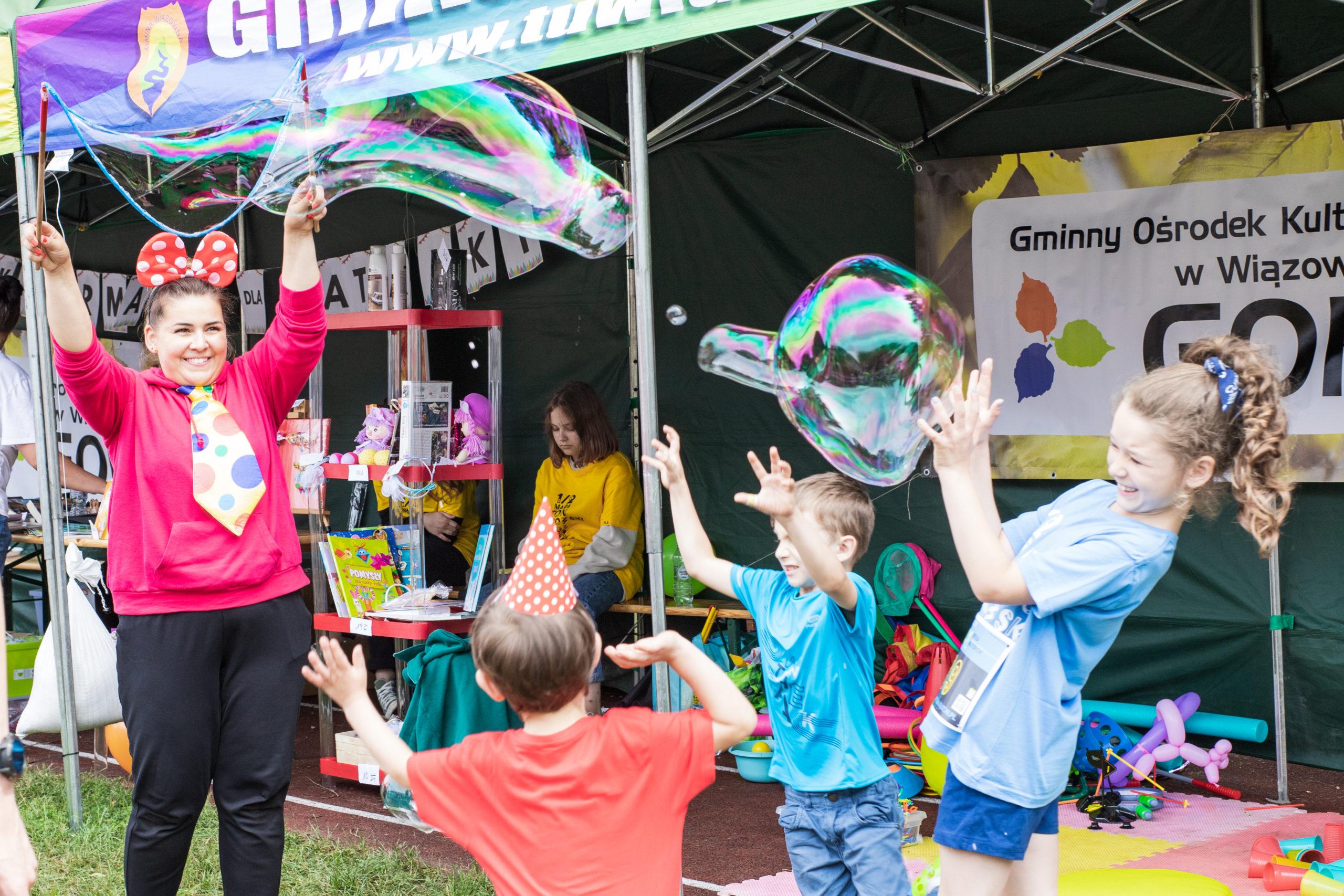 Gminny Ośrodek Kultury przygotował gry i zabawy dla dzieci