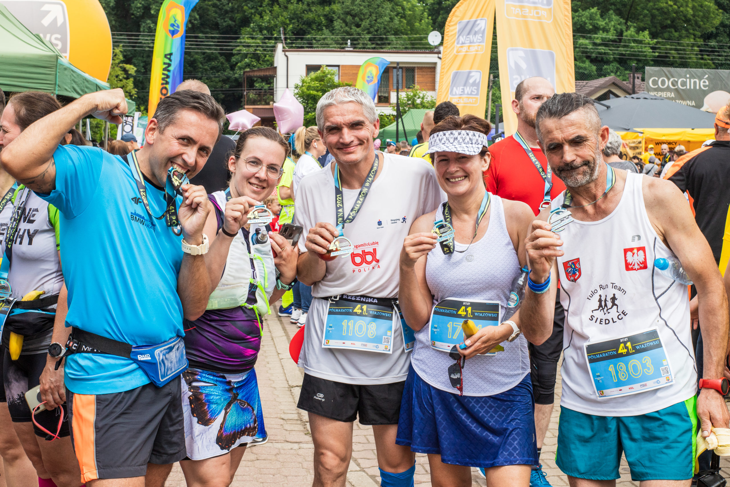 Zadowoleni uczestnicy biegu
