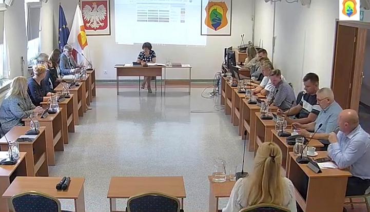 Nadzwyczajna sesja Rady Gminy Wiązowna 11 sierpnia 2021 r.