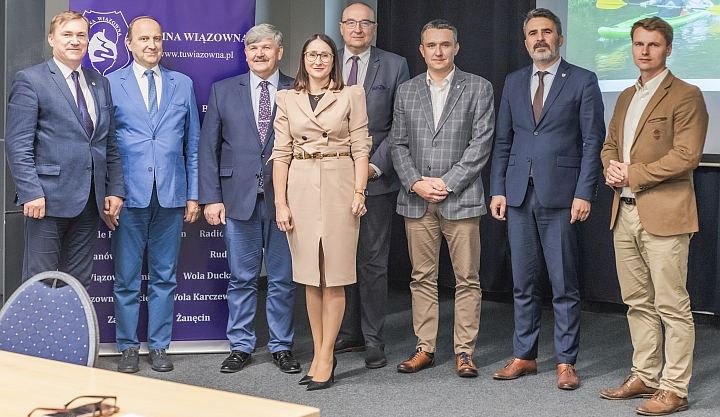Na spotkanie w Pawilonie Kultury w Wiązownie przybyli przedstawiciele samorządów powiatu otwockiego
