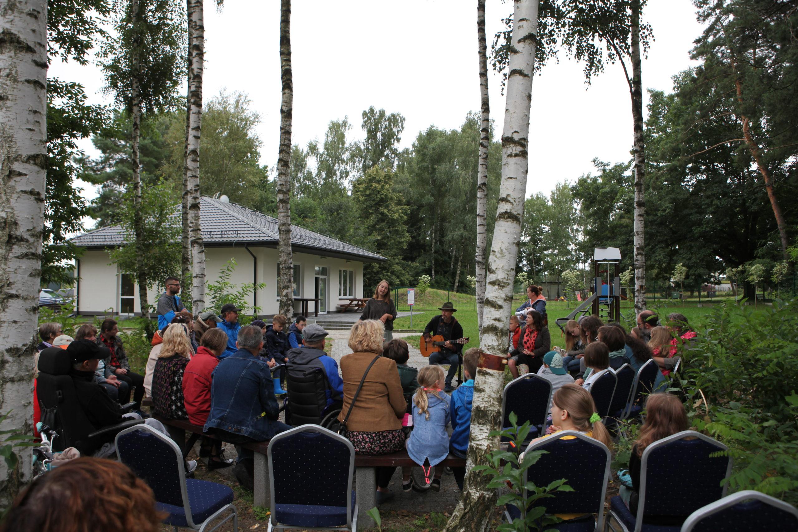 """Spacer przyrodniczy zorganizowano w ramach inicjatywy """"Opowiadacze z natury"""""""